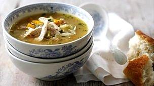¿Por qué comemos sopa cuando nos sentimos mal? 120109125156__57714456_dbakj3pr