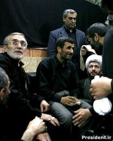 احمدی نژاد  و منصور ارضی