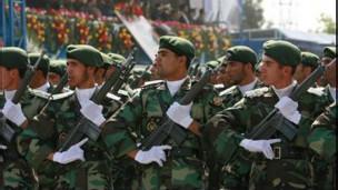 رژه سربازان