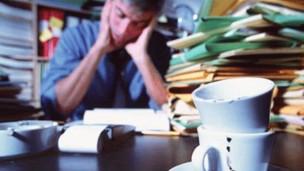 Trabajar mucho, más riesgo de depresión   120126132728_trabajo_304x171_spl_nocredit