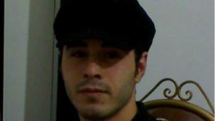 حسین رونقی، وبلاگ نویس منتقد