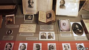 Libros e imágenes de Charles Dickens