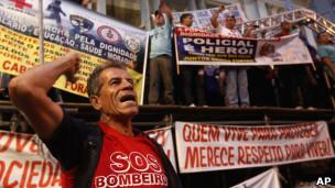 Protes polisi di Brasil