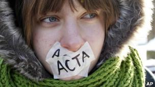 Protestas contra ACTA en Lituania