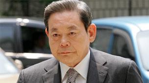 El presidente de Samsung gana la disputa en la familia causada por las acciones