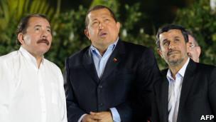 Daniel Ortega, Hugo Chávez y Mahmoud Ahmadinejad