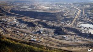 Extracción de petróleo en Canadá
