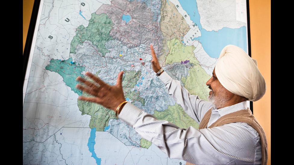 http://wscdn.bbc.co.uk/worldservice/assets/images/2012/02/23/120223130903_land_photo_06.jpg