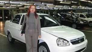 AvtoVAZ的公关负责人扎里诺娃汉语流利