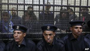 دادگاه فعالان مصری