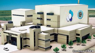 Modelo a escala de la mini central nuclear CAREM-25