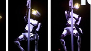 robot baile caño