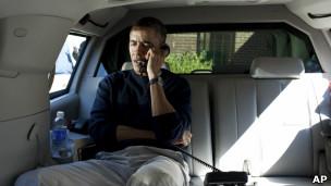 奥巴马致电卡尔扎伊
