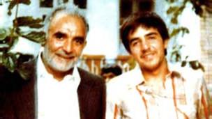 مهدی عراقی به همراه فرزندش