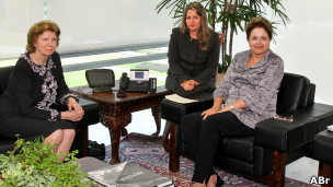 Huguette Labelle visita a presidente Dilma Roussef. | Foto: Agência Brasil