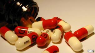 Antibióticos (Foto: BBC)