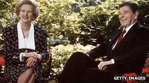 Cựu Thủ tướng Margaret Thatcher và cựu Tổng thống Ronald Reagan