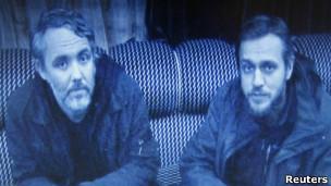 利比亚释放2名英国记者