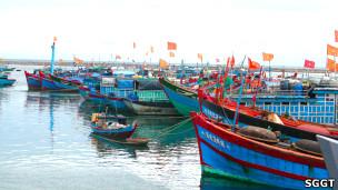 Tàu cá Lý Sơn (ảnh của báo Sài Gòn Tiếp thị)