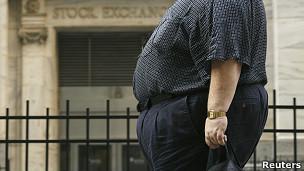 Obeso en la calle