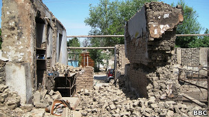 Руины дома в Оше