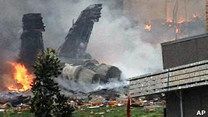 جنگنده اف 18 که در منطقه مسکونی ویرجینیا بیچ سقوط کرد