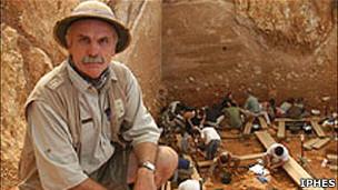 Arqueólogos modernos