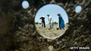 Mujeres uzbecas de áreas rurales