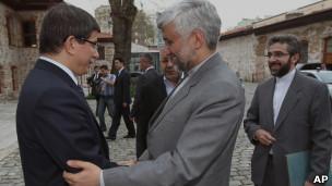 سعید جلیلی، دبیر شورای امنیت ملی ایران با احمد داوود اوغلو، وزیر امور خارجه ترکیه