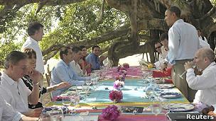 Comida durante un encuentro bilateral entre los representantes de Colombia y EE.UU. en la Cumbre de las Américas.
