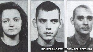 نوامبر سال پیش فاش شد که یک گروهک نئونازی درست پیش چشم سازمانهای اطلاعاتی آلمان، سالهای سال در کشور آزاد میگشت