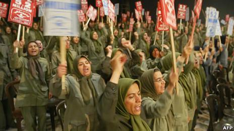 Mujeres del MEK en Campo Ashraf en 2006.