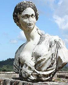 Estatua fuera del palacio Sans-Souci