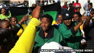 Güney Afrika'da tecavüze öfkeli tepki