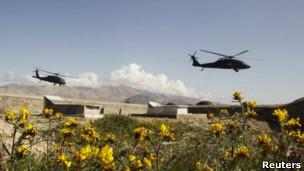 عکس آرشیوی از هلیکوپترهای بلک هاک آمریکایی