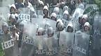Cảnh sát chống bạo động ở Văn Giang hôm 24/4/2012