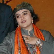 گیسو جهانگیری، فعال حقوق زنان