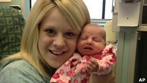 Aileen Dannelley e a filha Savannah (AP)