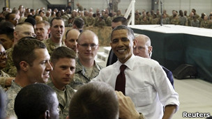 اوباما با نظامیان آمریکایی