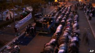 هواداران حازم ابو اسماعیل، کاندیدای اسلامگرایان سلفی