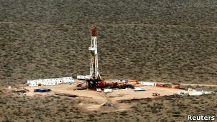 Pozo petrolero en Argentina