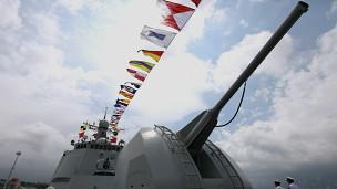 Chiến hạm Hải Khẩu của Trung Quốc trong cuộc triển lãm mới đây ở Hong Kong