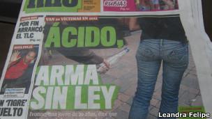 Tablóide colombiano noticia ataques com ácido. | Foto: Leandra Felipe