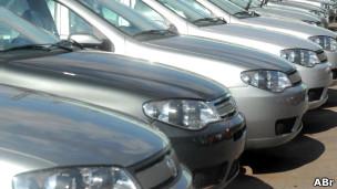 Carros produzidos pela indústria brasileira