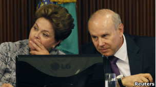 Dilma e Mantega | Reuters