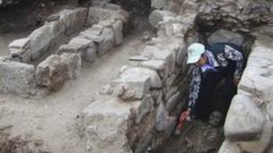 Local descoberto por arqueológos búlgaros (BBC)