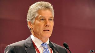 Stephen Smith phát biểu tại cuộc họp thượng đỉnh an ninh Châu Á tại Singapore hồi tháng Sáu