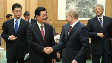 Nga - Trung vừa hợp tác, vừa cạnh tranh?
