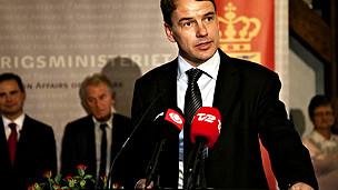 Bộ trưởng phát triển Đan Mạch Christian Friis Bach công bố tạm dừng 3 dự án ODA ở Việt Nam (Ảnh của politiken.dk)