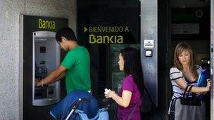 Wateja wa Uspania nje ya benki, Bankia